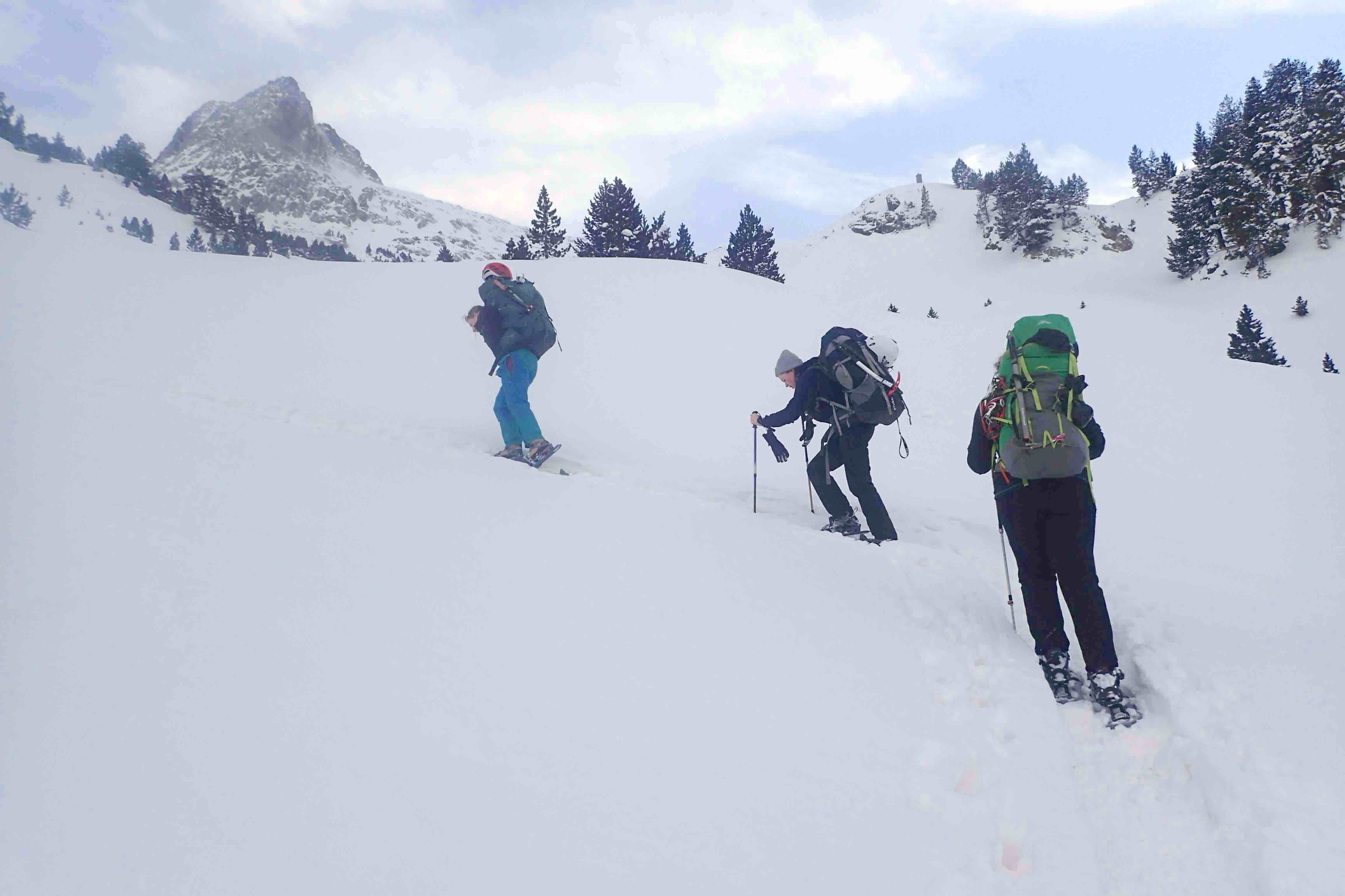 Snow shoeing Winter Skills course